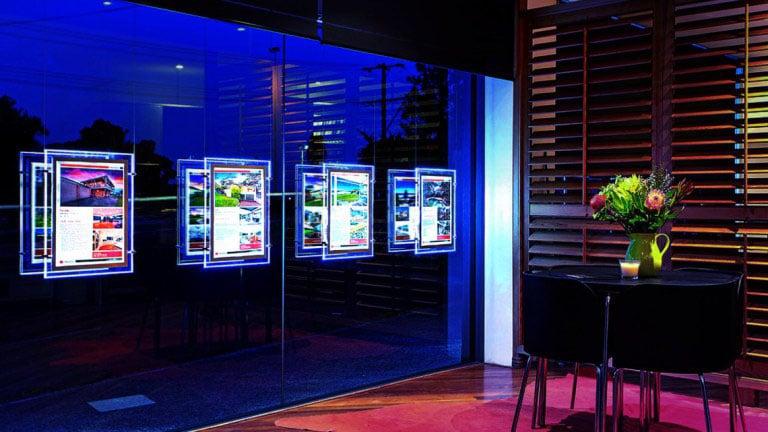 Display LED em vitrine