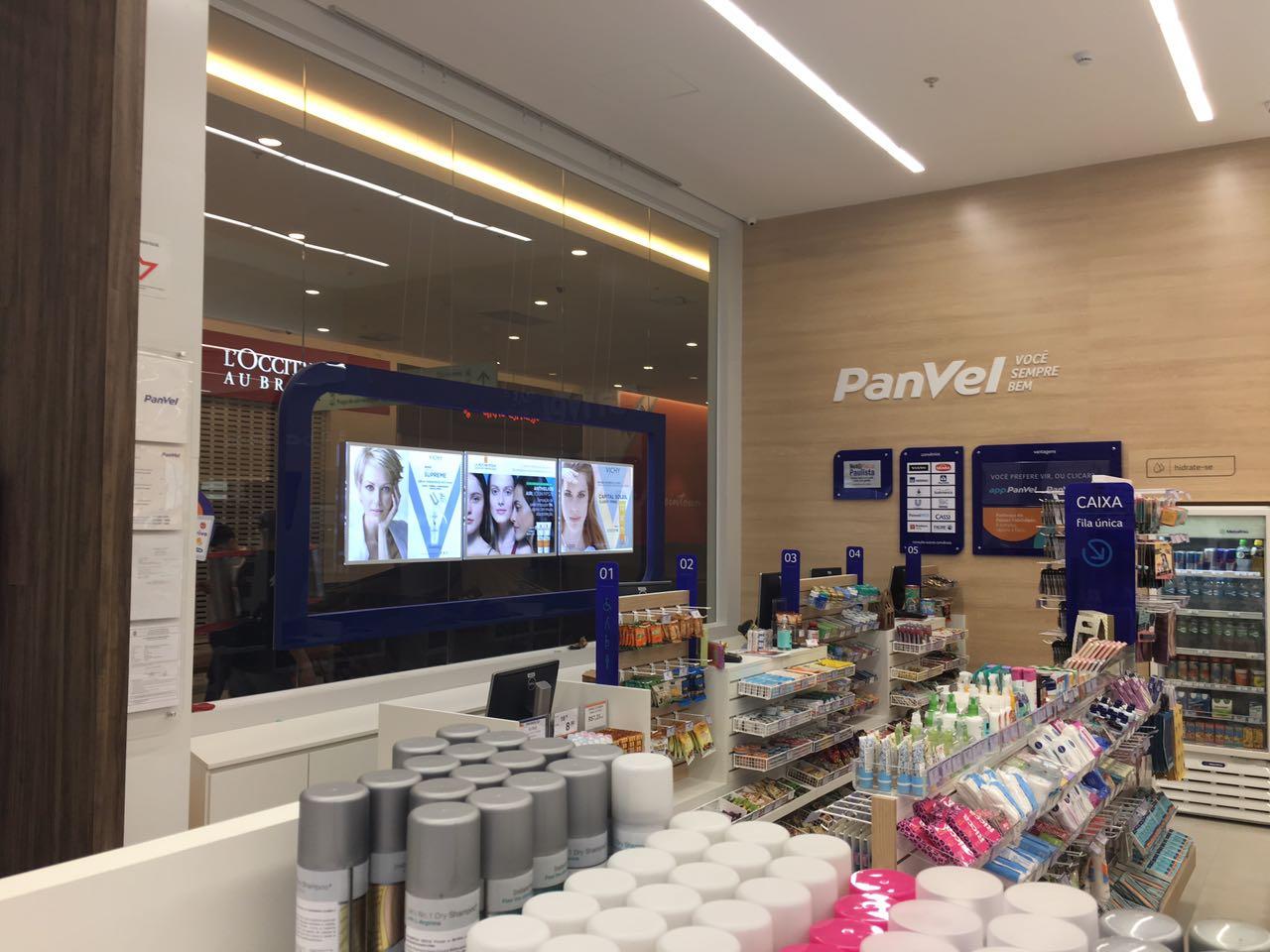 vitrinemedia vm two panvel led window display