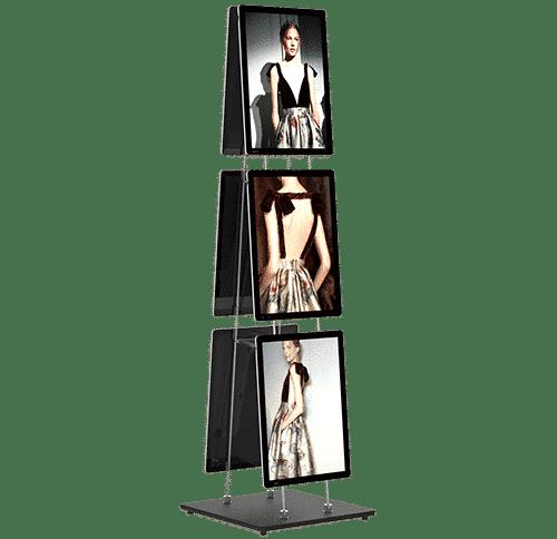 Painel em LED instalado em totem móvel da VitrineMedia VM Stand Easy Clip