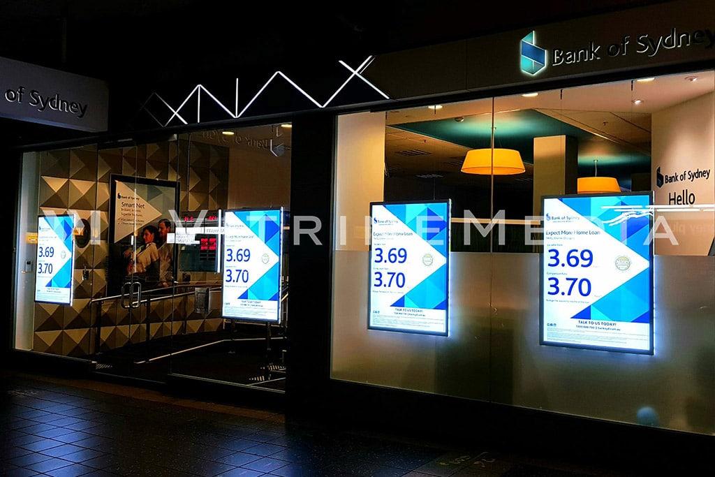 Painel de LED para fachada e vitrine de bancos VitrineMedia