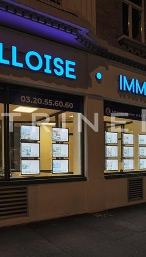 painel-de-led-em-acrilico-la-lilloise-vitrine-media