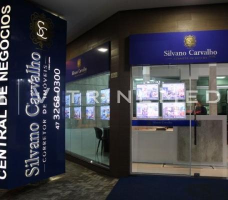 painel-de-led-para-vitrine-de-imobiliaria-silvano-carvalho