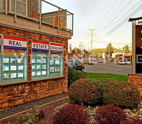 painel-luminoso-led-imobiliaria-remax-vitrine-media