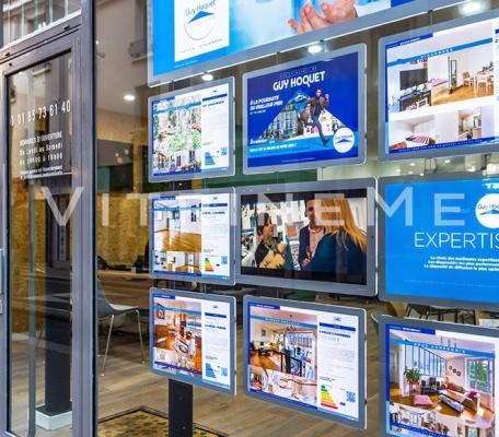 painel-suspenso-led-para-vitrine-de-imobiliaria-vm